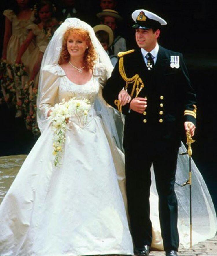 Sarah Ferguson e o príncipe Andrew casaram-se em 1986