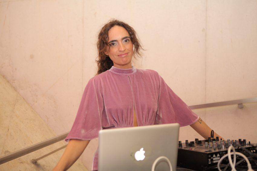 DJ Dina