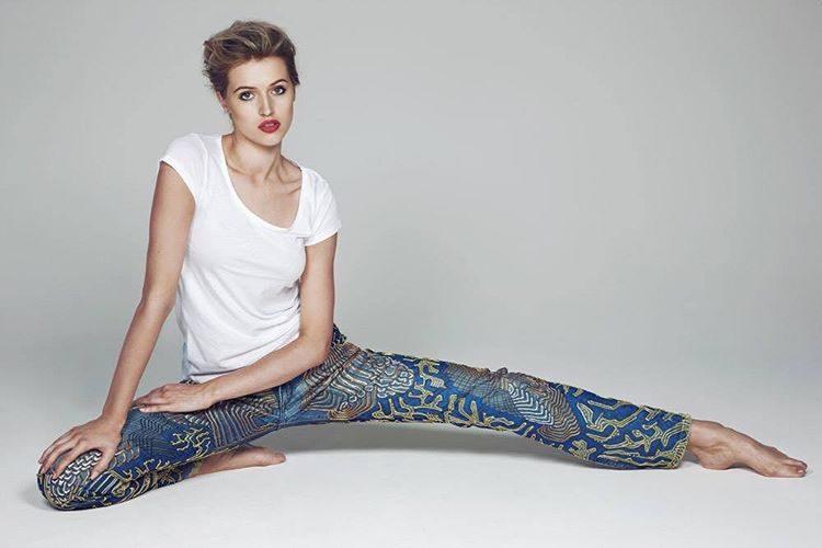 Os jeans de Sharon Stone