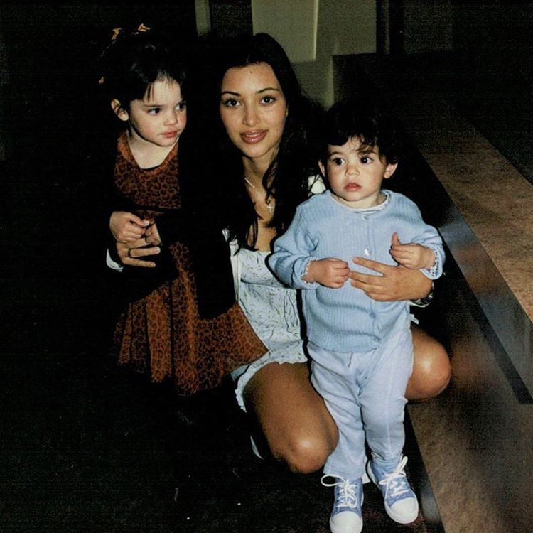 As irmãs mais novas, Kendall e Kylie Jenner