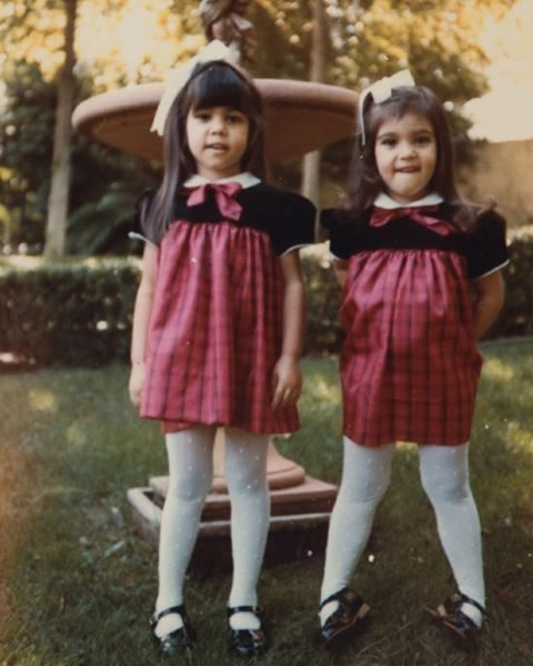 Com a irmã mais velha Kourtney Kardashian