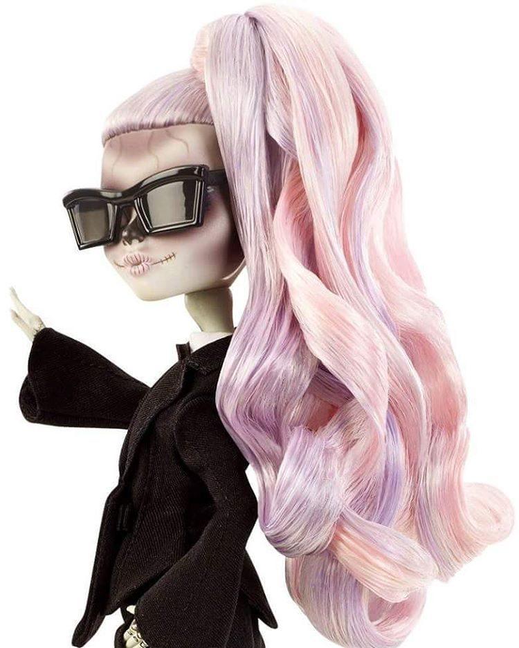lady-gaga-boneca-9