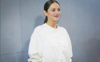 marion-cottilard-desfile-dior-semana-da-moda-de-paris-capa