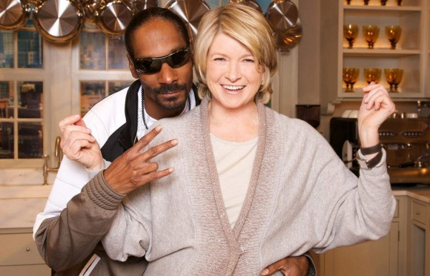 martha-stewart-and-snoop-dogg-teams-up-for-their-very-own-cooking-show-1170x780-1000x641
