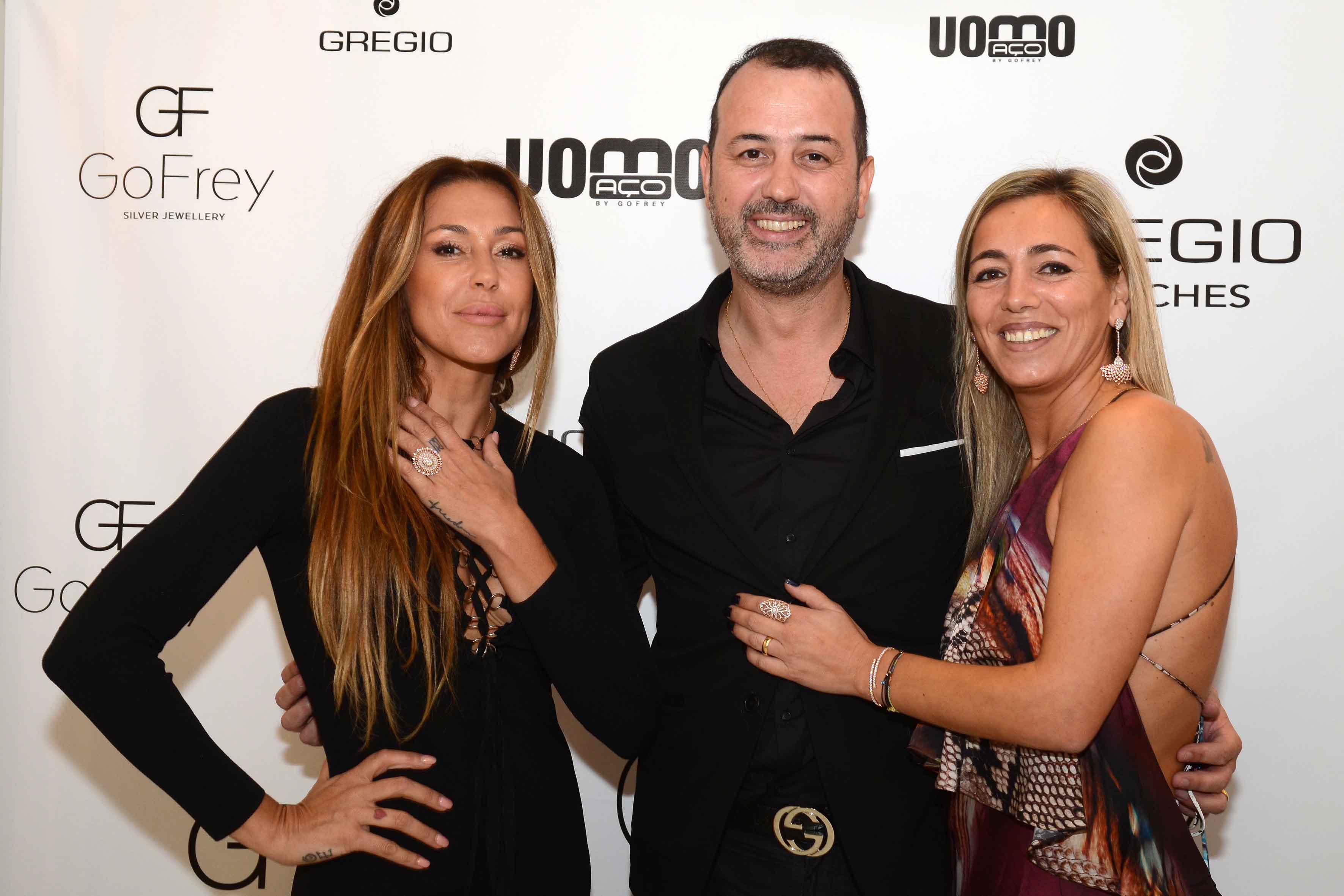 Merche Romero com David Freitas e Paula Gomes, proprietários da GoFrey