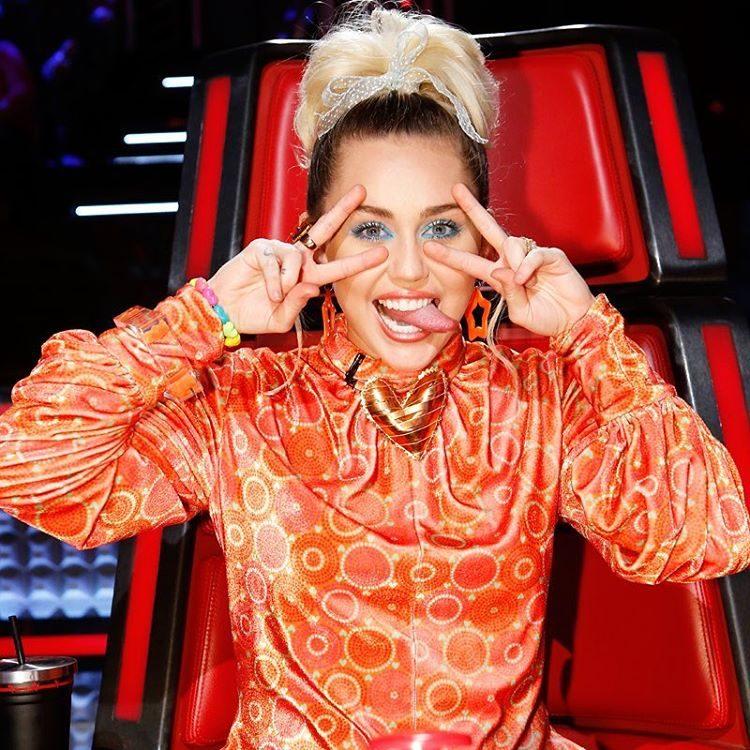 Miley Cyrus vai voltar a ser coach no 'The Voice'