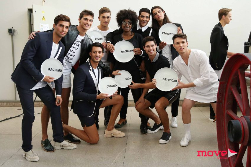Mariama  com Ruben Rua e vários modelos que desfilaram para Nuno Gama