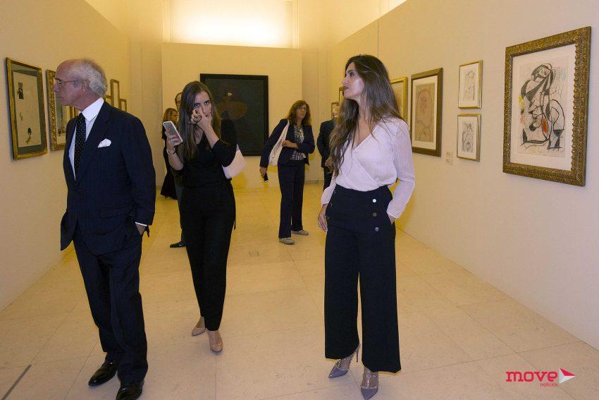 A jornalista esteve na Casa Serralves a ver a exposição de Miró