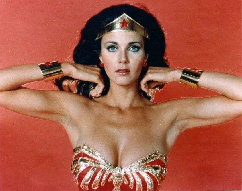 Lynda Carter foi a Mulher Maravilha na série de televisão