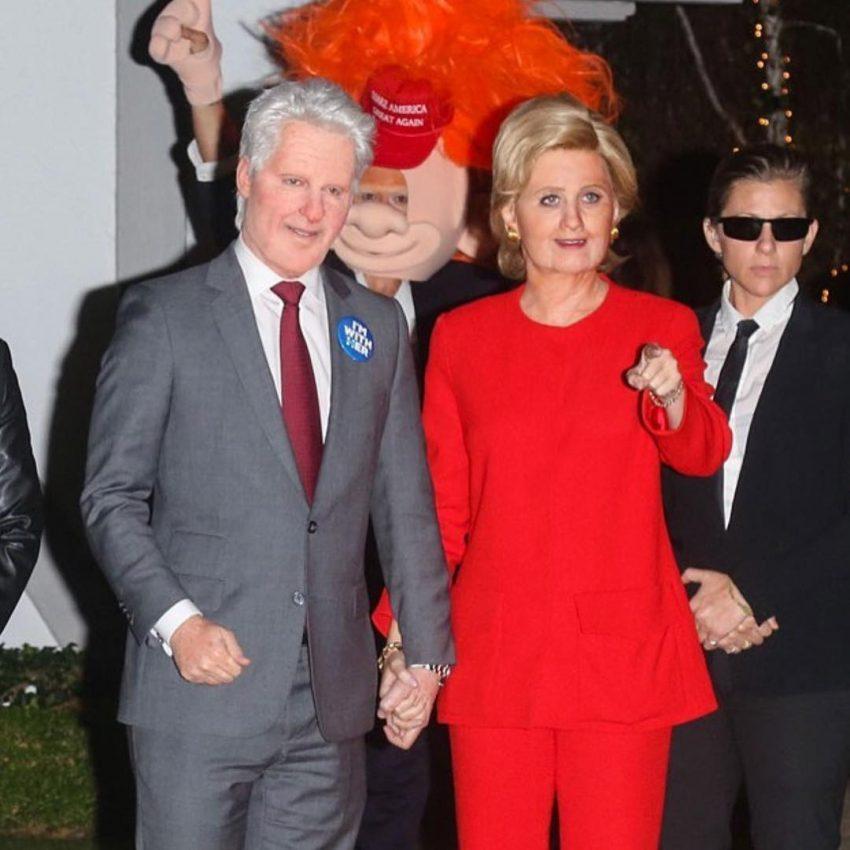 A cantora foi de Hillary Clinton e Orlando Bloom de Bill Clinton