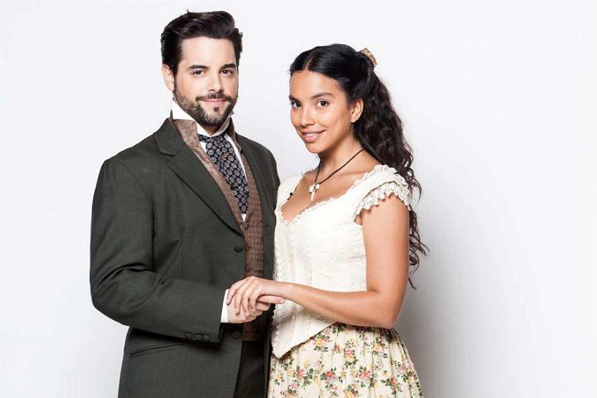 Com a co-protagonista da novela, Gabriela Moreira