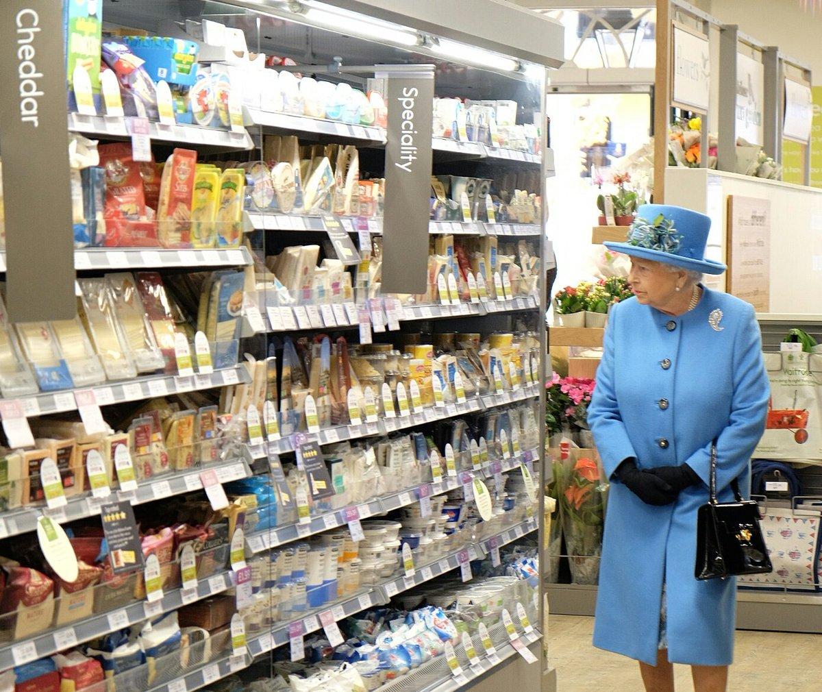 rainha-isabel-ii-supermercado