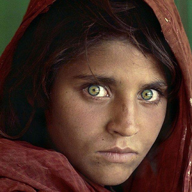 A foto de Sharbat Gula imortalizada pela 'National Geographic'