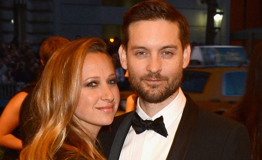 tobey-maguire-jennifer-meyer-met-ball-2013-red-carpet-02