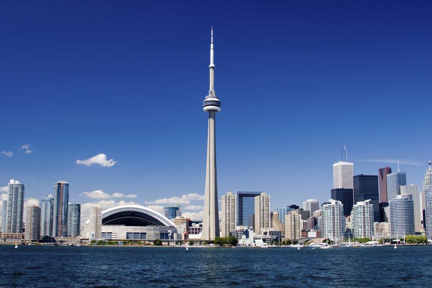 O Canadá vem em 1º lugar, pelas cidades que têm dos melhores níveis de qualidade de vida do mundo, salienta a publicação. A 1 de julho de 2017 comemora 150 anos da Confederação Canadiana, o que pode cativar ainda mais turistas