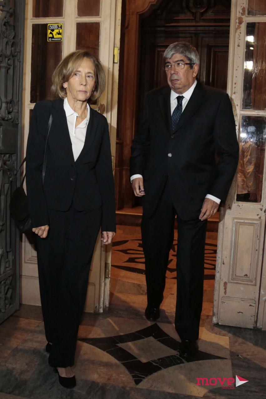 Eduardo Ferro Rodrigues e mulher