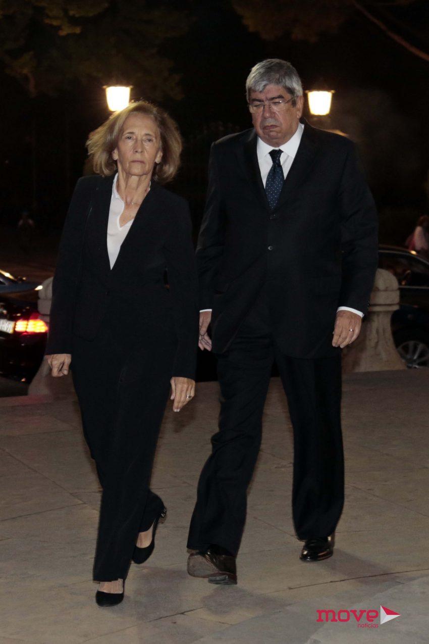 Eduardo Ferro Rodrigues com a mulher