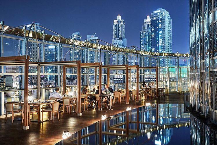 Armani Hotel Dubai foi o local escolhido pelo casal