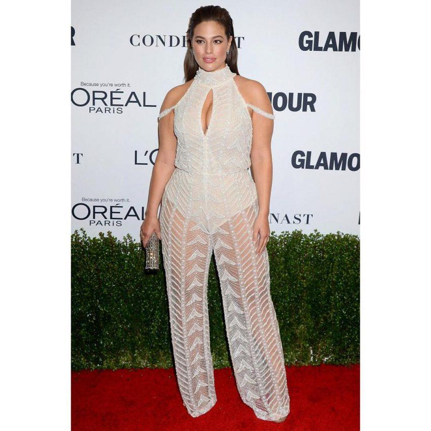 Ashley Graham foi considerada a 'Mulher do Ano' pela revista Glamour