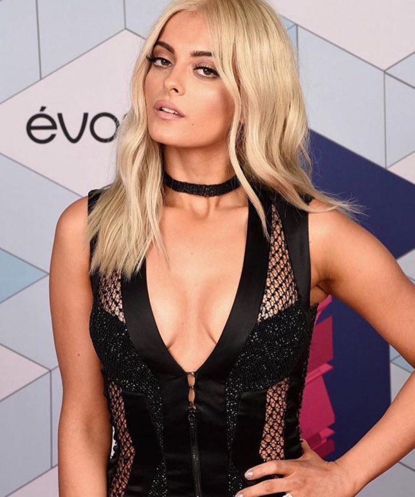 Bebe Rexha foi a apresentadora