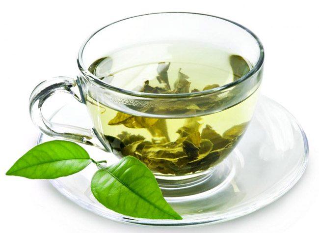 Chá Verde: Além de poder ajudá-lo a perder peso, os seus benefícios vão muito além da boa forma uma vez que ajuda a desintoxicar o organismo.