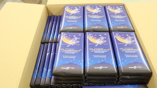 chocolates-frauenmond-alivia-dores-menstruais