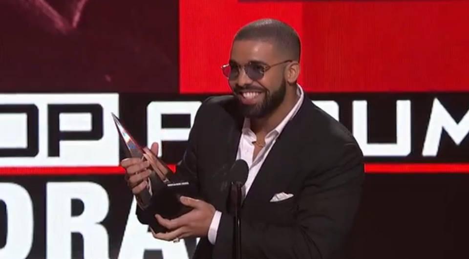 651d14359 E o artista mais tocado no Spotify em 2016 é Drake - MoveNotícias