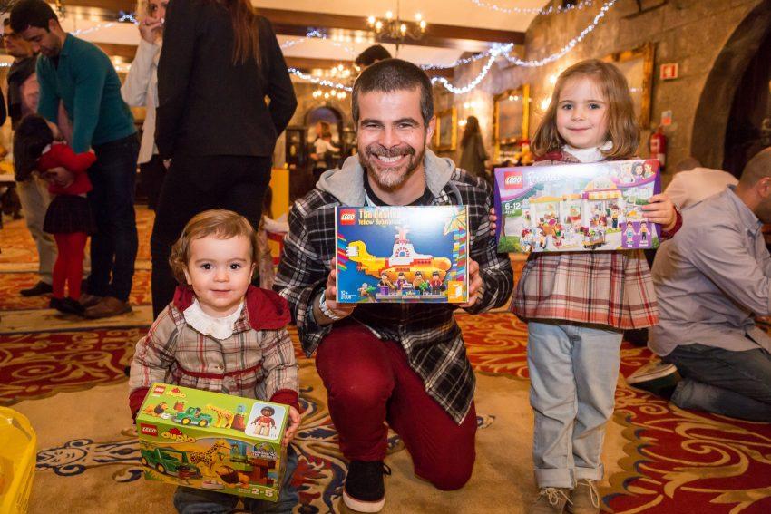Miguel Costa com as filhas