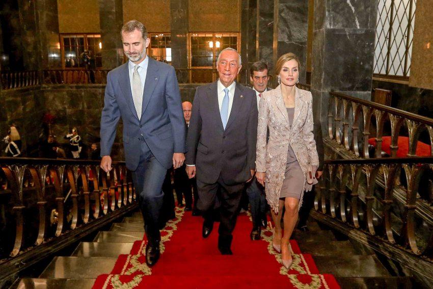 Os reis com o Presidente da República na Câmara do Porto