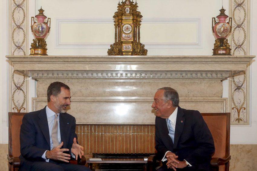 Felipe VI e Marcelo Rebelo de Sousa estiveram meia hora numa conversa à porta fechada