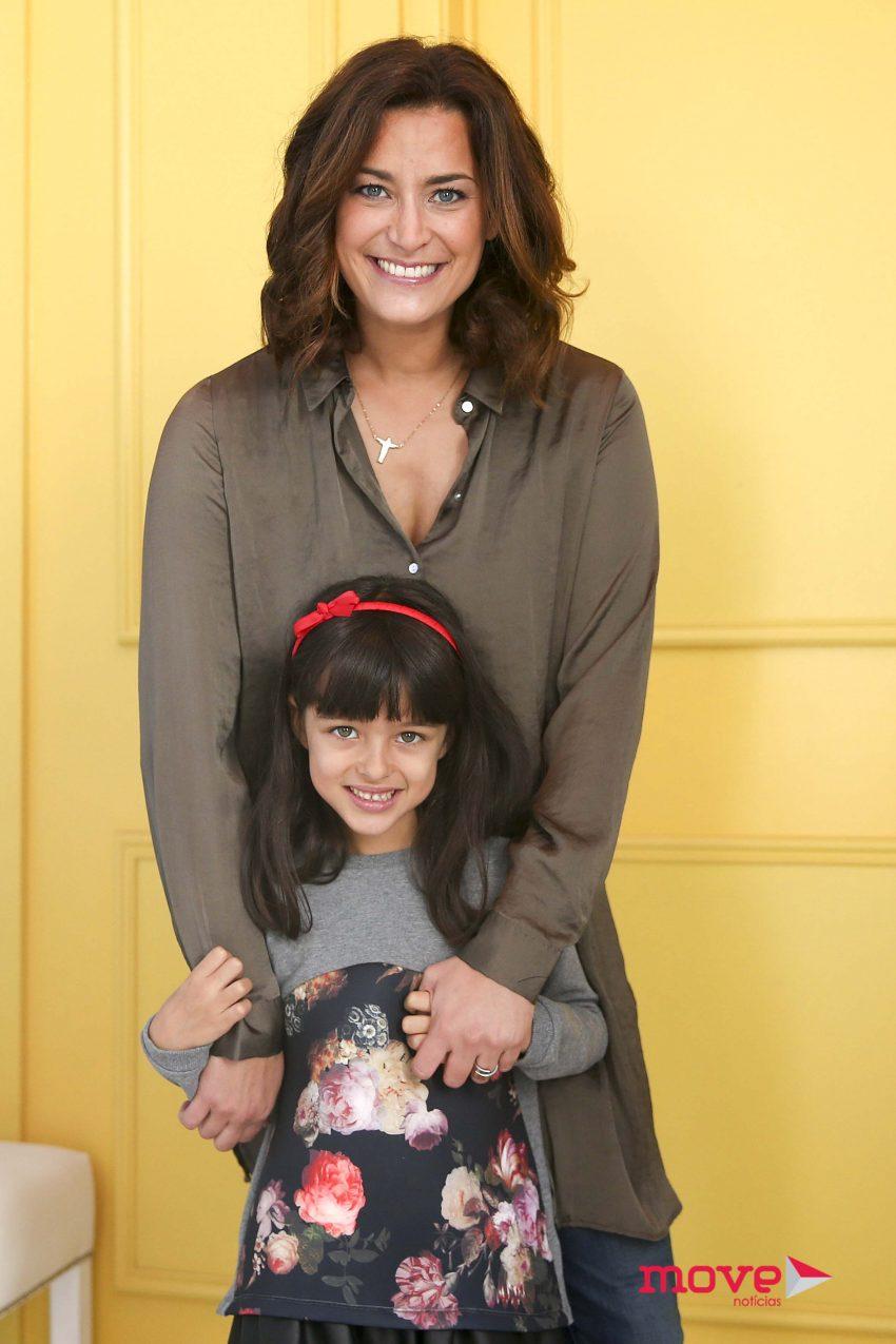 Andreia Dinis e filha Flor