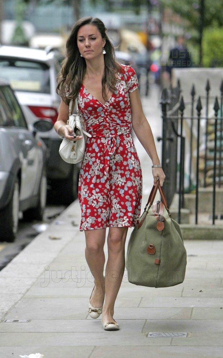 Também Kate optou sempre por manter o visual de cabelo comprido