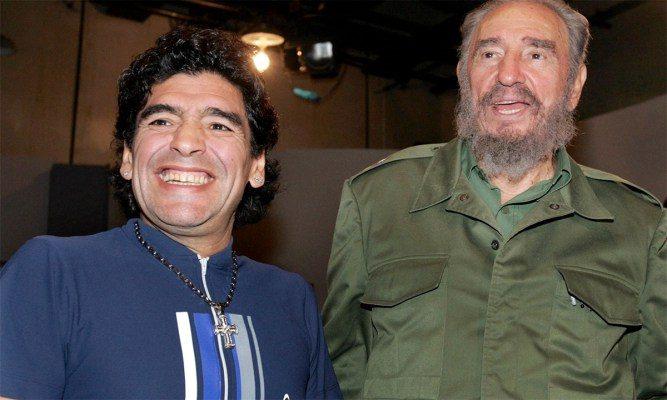 Maradona sempre por perto de Fidel Castro