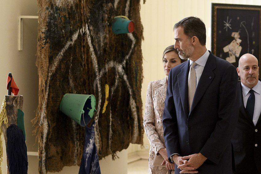Os reis seguiram para Serralves para ver a exposição de Miró