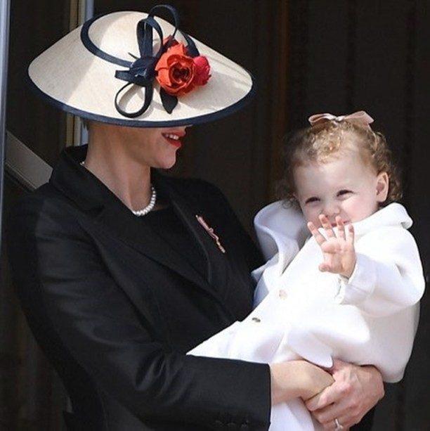 Charlene com a filha Gabriella