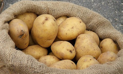 Batata: ricas em carbohidratos e antioxidantes, o seu consumo promove a produção celular.