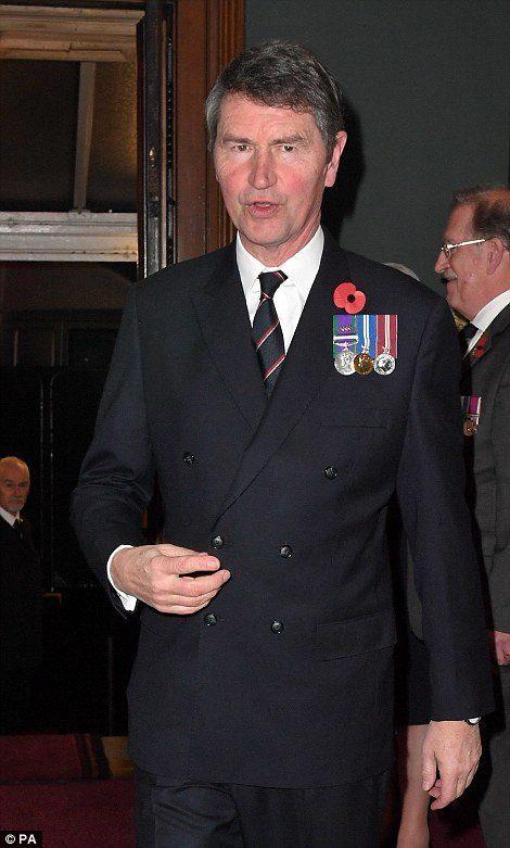 Timothy Lawrence, marido da princesa Anne