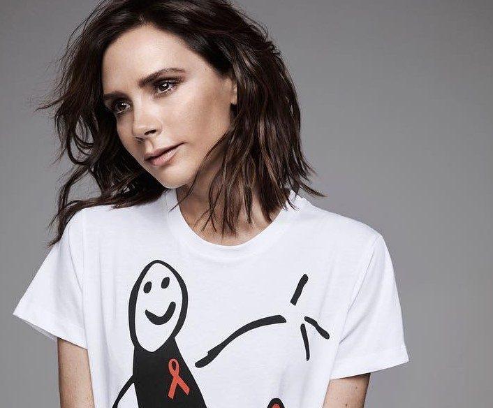 victoria-beckham-t-shirts-sida-capa
