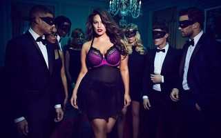 Ashley Graham Addition Elle capa