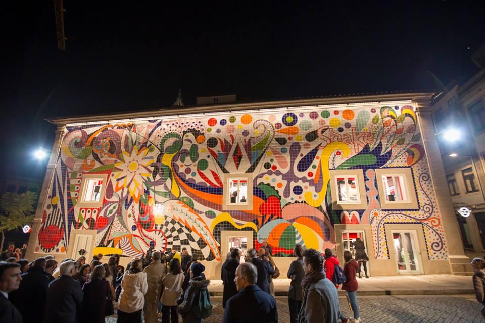 Maior obra p blica de joana vasconcelos est no porto for Restaurante azulejos