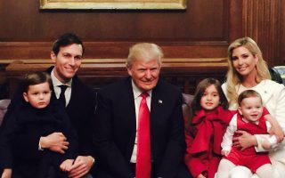 Donald Trump, filha Ivanka, genro e netos