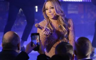 mariah-carey-atuacao-playback-times-square