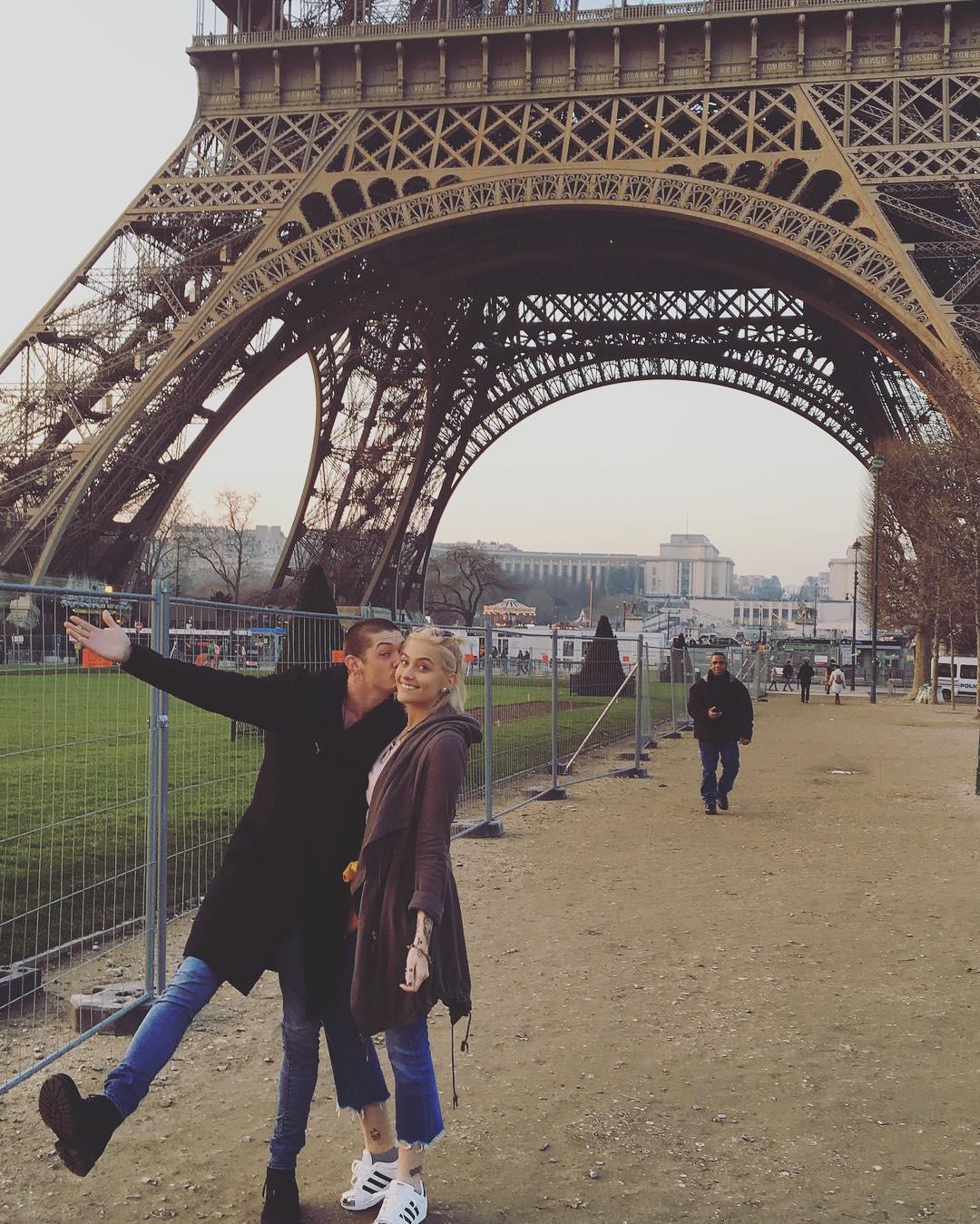 Paris Jackson e o namorado Michael Snoddy