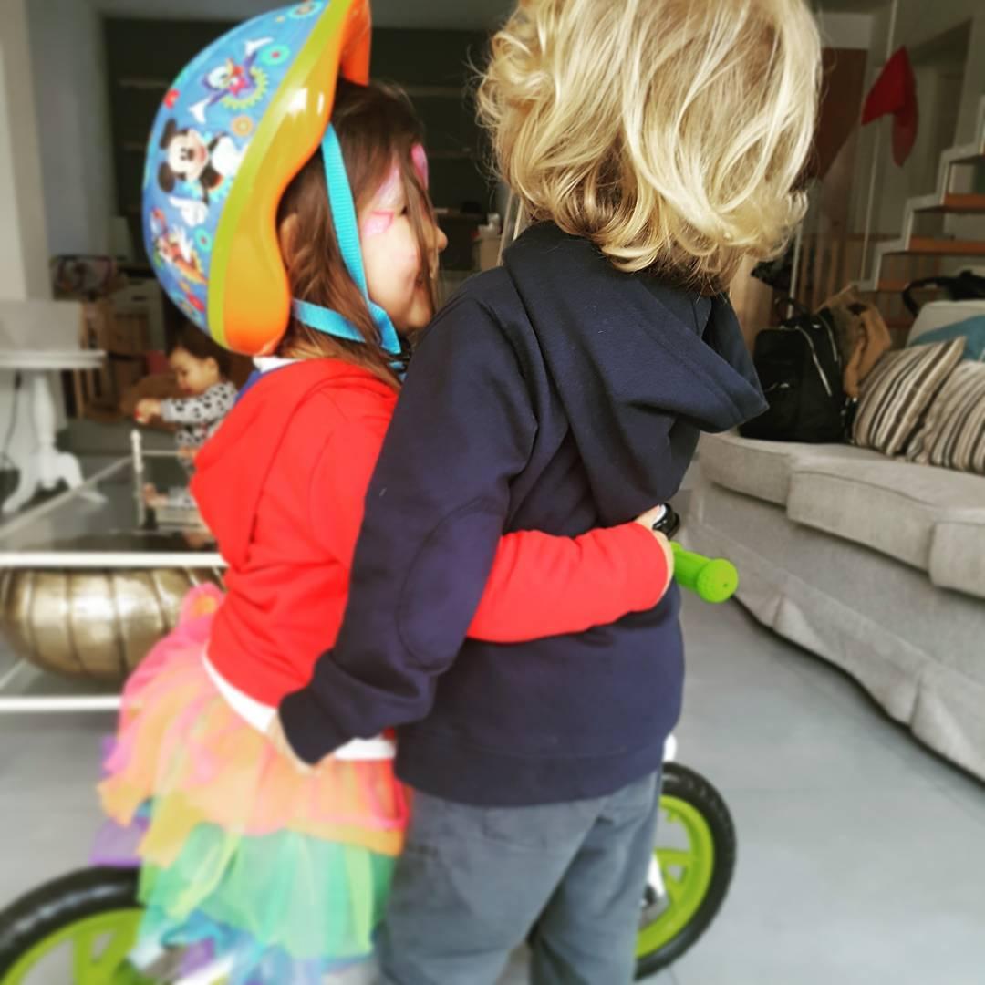 Diana e Raul, filhos de Carolina Patrocínio e Pimpinha Jardim, Dia dos Namorados