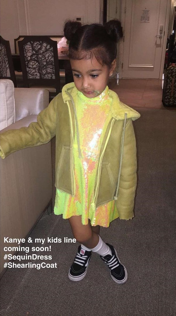 North West linha de roupa infantil Kim Kardashian e Kanye West