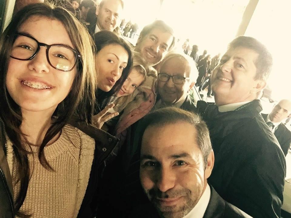 Bruno de Carvalho com família e namorada nas eleições Sporting