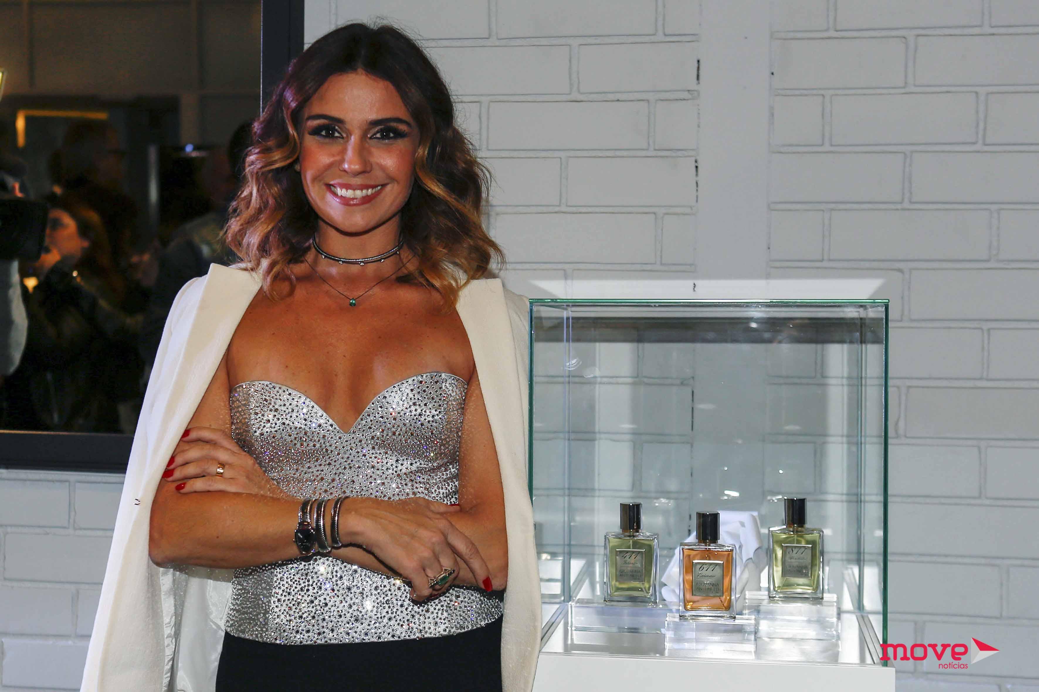 5f5cdcfb5 A atriz brasileira continua em terras lusitanas após ter estado no Porto