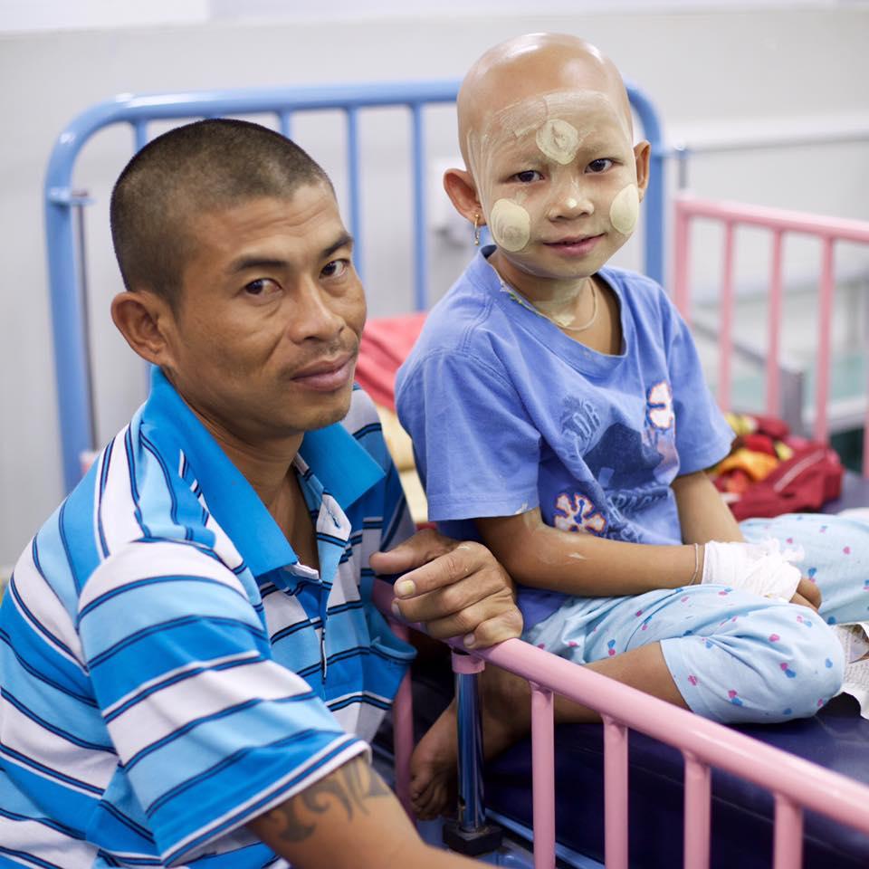 Crianças com cancro Birmânia