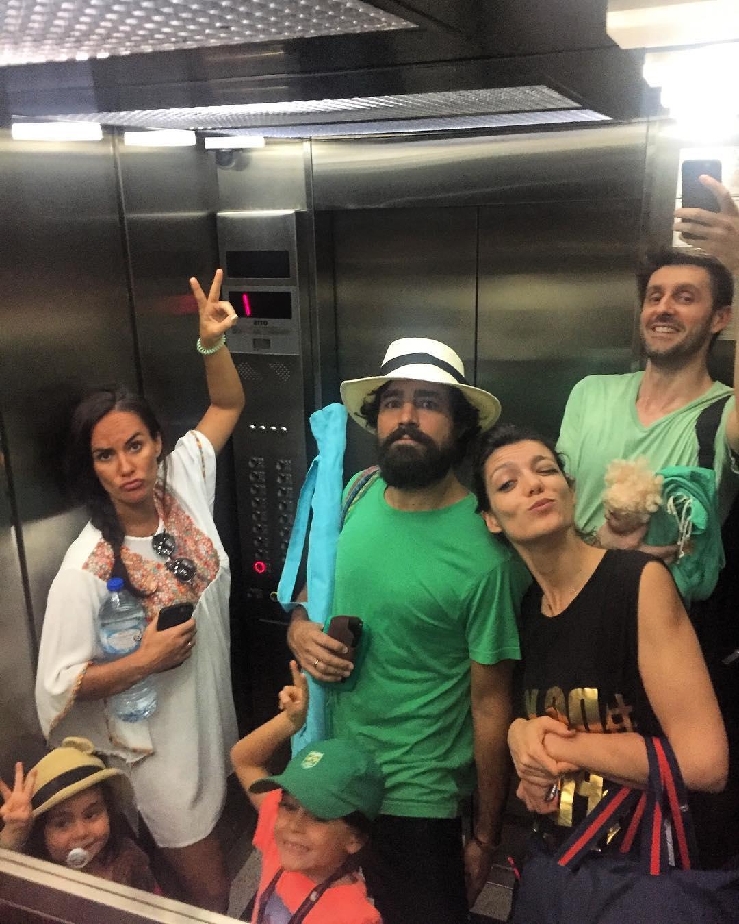 Ricardo Pereira, Francisca Pinto Ribeiro e filhos, Daniel Oliveira, Andreia Rodrigues