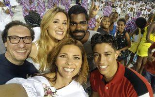 Sílvia Alberto, Sónia Araújo, Marco de Camillis e dançarinos Brasil